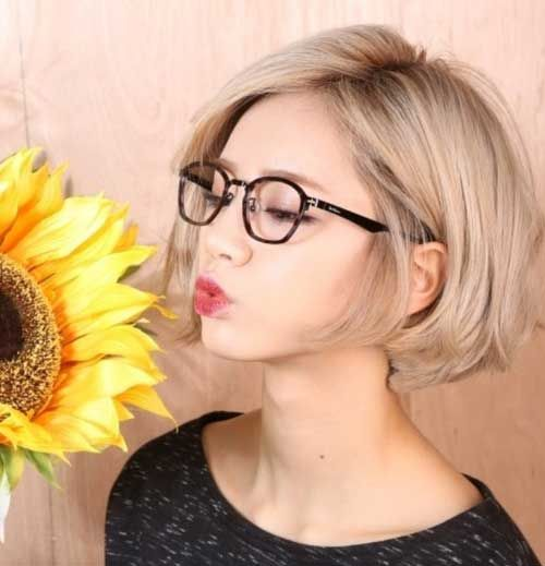 Blonde Bob hairstyle color