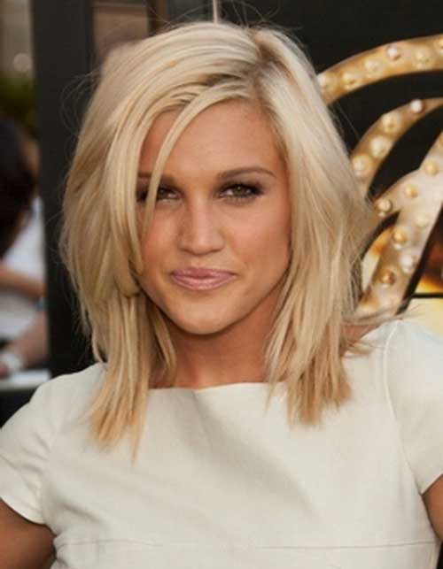 Layered-Bob-with-Side-Bangs