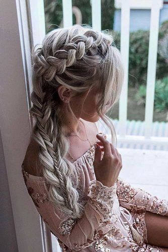 Messy Loose Boho Ponytail Hairstyle